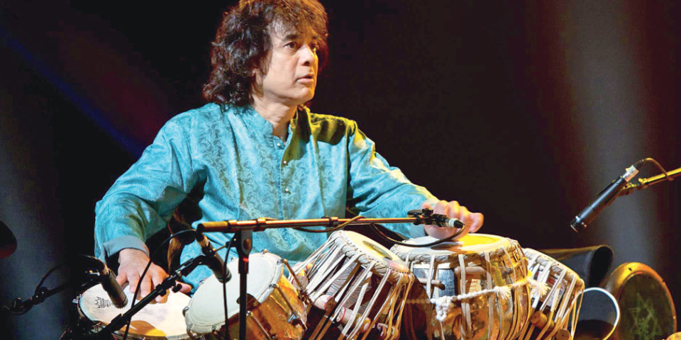 Great Indian Musical Legend - Zakir Hussain Plays Tabla In A Concert.